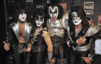 KISS To Re-record Classic Albums With New Lineup.
