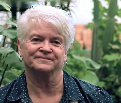 fake news or real? Barronelle Stutzman, gay hater