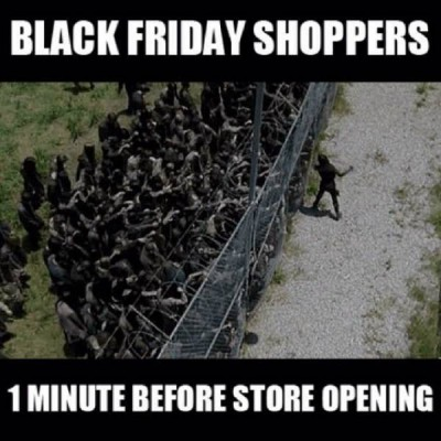 thanksgiving black friday shoppers