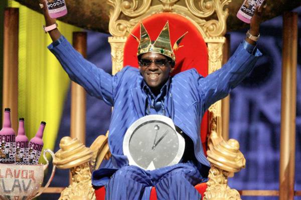 headlines today, flavor flav