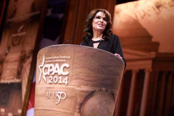 Sarah Palin Hired as Trump Campaign Manager