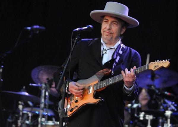 Headlines Today, Bob Dylan, Nobel Prize