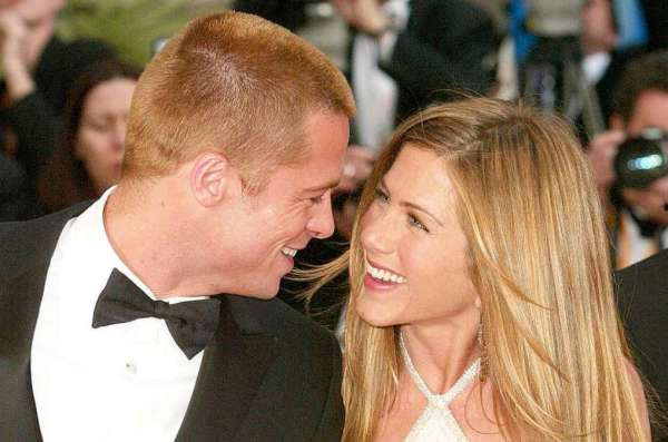 Jennifer Aniston and Brad Pitt, headlines today