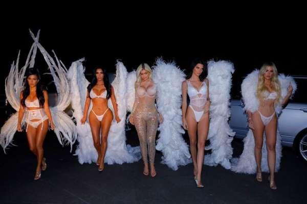 Kardashian sisters halloween 2018