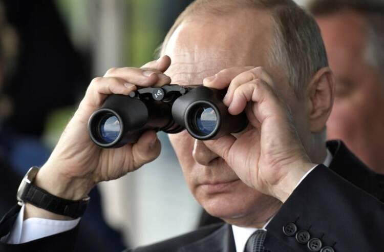 Putin watching Murkowski